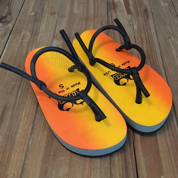 ba9f31d046b Tiddies Sunset Chi Chi Sandals. M 5ae4bb4400450f15ed419c5c